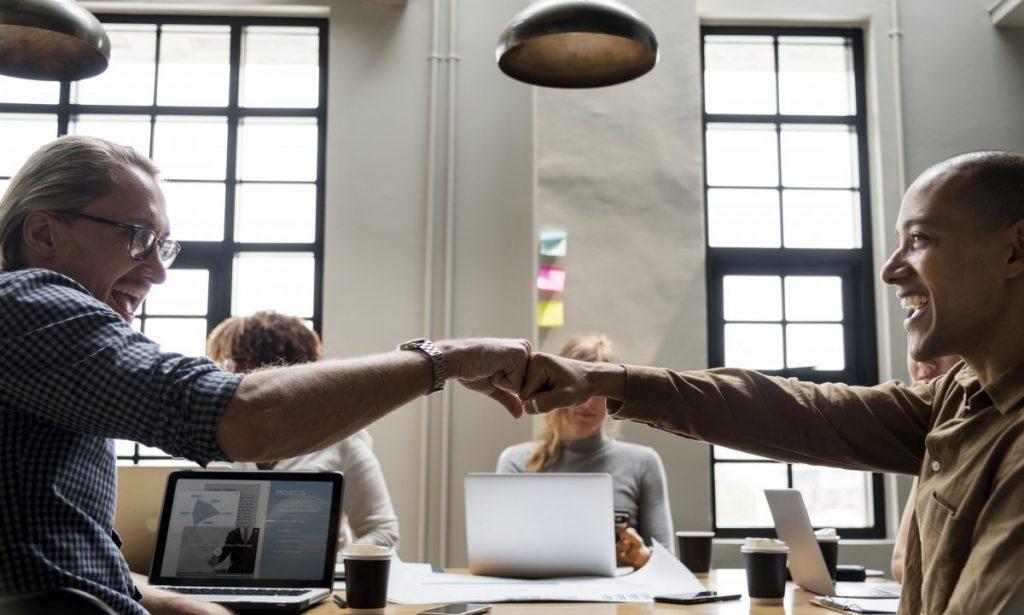 Rosnące potrzeby informatyzacji wiążą się z koniecznością współpracy z programistami przy implementacji lub wdrożeniu oprogramowania.
