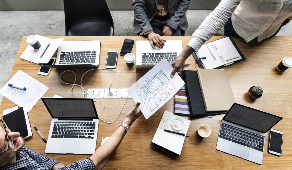Przejmowanie systemów informatycznych przez profesjonalną firmę programistyczną