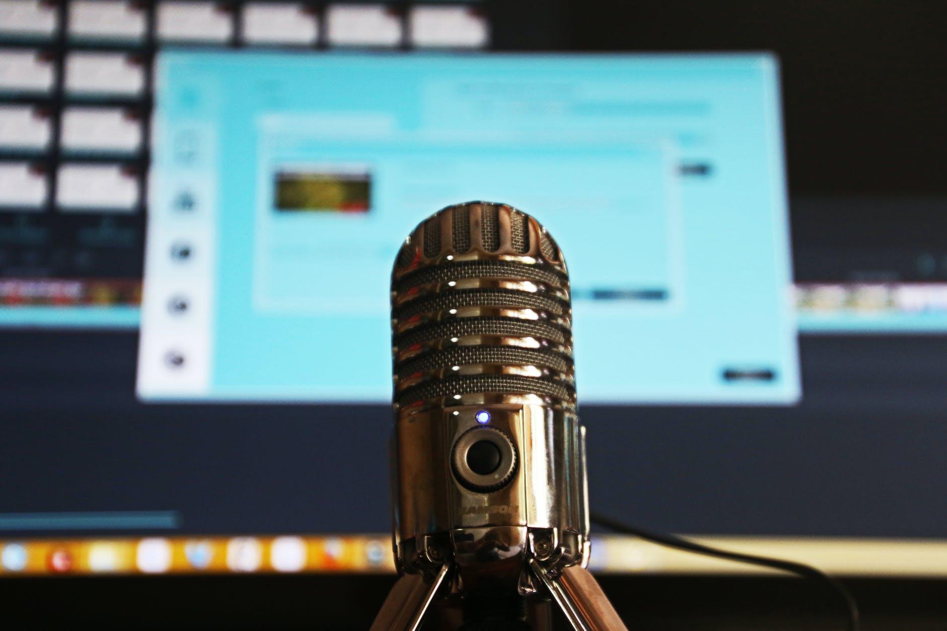 10 ciekawych podcastów dla programistów